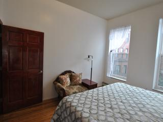 Town House in the heart of Manhattan - Queens vacation rentals