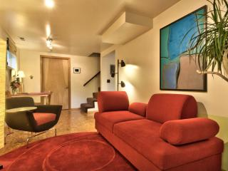 Private 1BR, Parking, 5% to Charity - Seattle vacation rentals