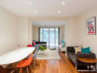 BL00 - Belsize park 3 bedrooms apartment with garden - London vacation rentals
