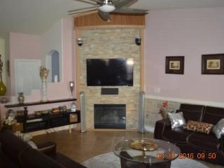 LAS VEGAS 3bed/2bath HOME - North Las Vegas vacation rentals