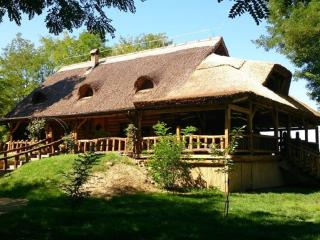 "Eco-economy Orlov put  - Room 5 for 2 people ""ACACIA"" - Bilje vacation rentals"
