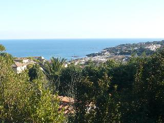Family Friendly, French Riviera Villa with Pool, Near St Maxime, St Aygulf - Les Issambres vacation rentals
