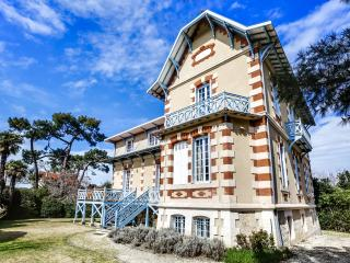 Elegant Arcachon home in the winter city - Arcachon vacation rentals