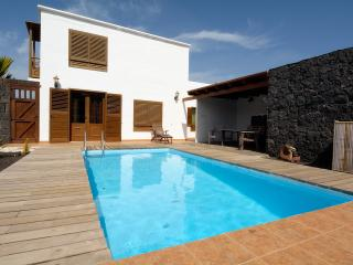Villa Bene Private Pool 4 bedrooms! - La Geria vacation rentals