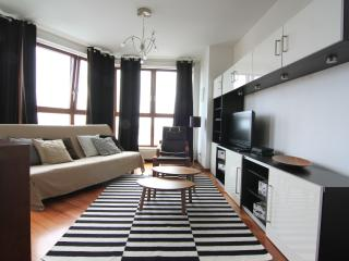 Sunny Condo with Internet Access and Washing Machine - Gdynia vacation rentals