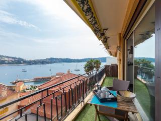 Stylish Villefranche-sur-Mer apartment with sea vi - Villefranche-sur-Mer vacation rentals