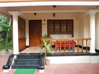 Gorgeous 1 bedroom Villa in Kovalam - Kovalam vacation rentals