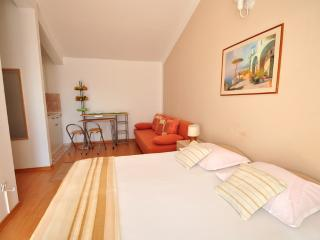TH03488 Apartments Anastazija / One bedroom A8 - Duce vacation rentals