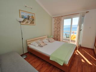 TH03488 Apartments Anastazija / One bedroom A6 - Duce vacation rentals
