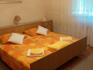 TH01705 Apartments Jadranka / One bedroom A1 - Kastel Novi vacation rentals