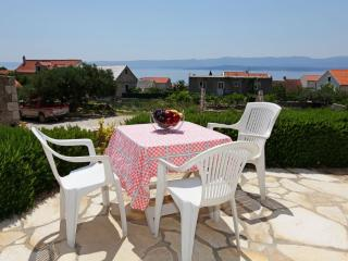 Sunny 2 bedroom Condo in Bol - Bol vacation rentals