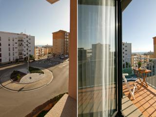 LAS COSTAS 10 minutes from the beach, with parking - Sitges vacation rentals