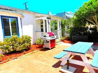 Amazing 3 Bedroom, 1 Bathroom House in San Diego (716 Dover Ct.) - San Diego vacation rentals