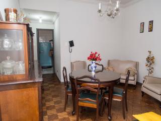 Flamengo - excellent location for 5 people - Rio de Janeiro vacation rentals