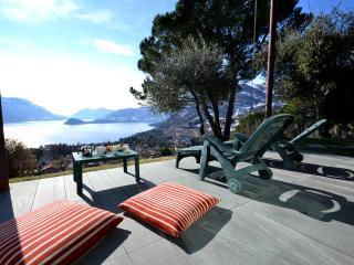 2 bedroom House with Internet Access in Menaggio - Menaggio vacation rentals