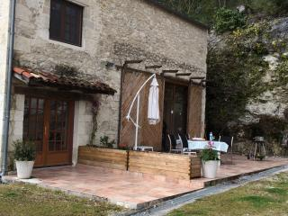 Las Moulinières, is set in stunning countryside - Villeneuve-sur-Lot vacation rentals