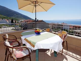 Sea view Apartment Perla 14, Bol - Bol vacation rentals