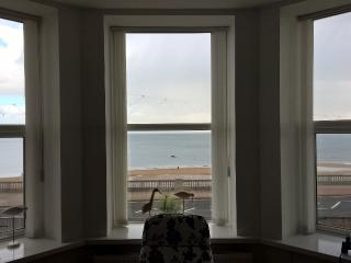 2 bedroom Apartment with Washing Machine in Sunderland - Sunderland vacation rentals