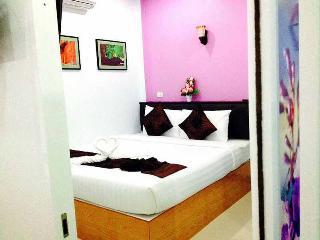 Nice 1 bedroom House in Huai Yot - Huai Yot vacation rentals