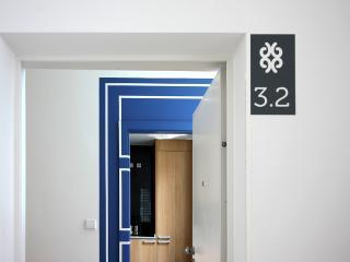 Un-Almada House 3.2 - Porto vacation rentals