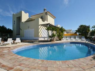 Villa Vista Cidade - 5 Bedroom Detached Villa - Albufeira vacation rentals