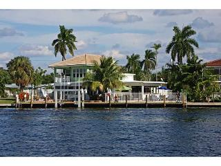Lauderdale Palms Breezy Home - Fort Lauderdale vacation rentals
