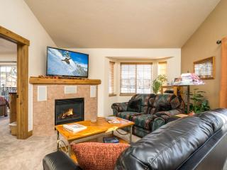 "Quail Run: 55"" TV. Surround Sound. Disc Lift Tix* - Steamboat Springs vacation rentals"