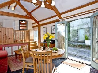 The Linhay located in Totnes, Devon - Totnes vacation rentals