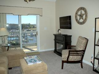 Beautiful House with Internet Access and Television - Little River vacation rentals