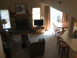 6Bed/4Bath Total-Seconds from Camelback Waterpark - Tannersville vacation rentals