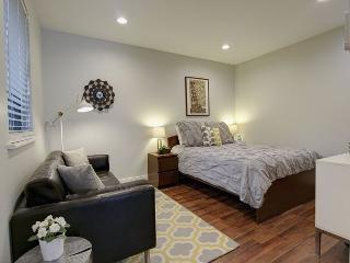 The Heights Casita - Studio Rental/1BA Cozy Casita near South Congress - Austin vacation rentals