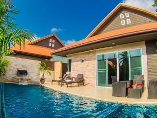 Free taxi to Central Pattaya ,Nub-Dao Pool Villa - Jomtien Beach vacation rentals