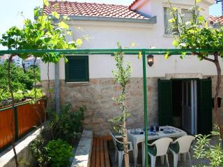 Quaint Old Stone Cottage, Fully Renovated, Just 20m From Pebbly Beach - Postira vacation rentals