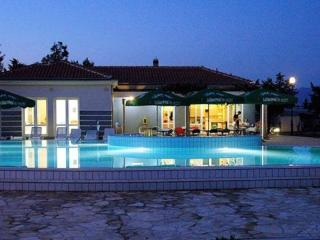 Nice Condo with High Chair and Long Term Rentals Allowed (over 1 Month) - Zaton (Zadar) vacation rentals
