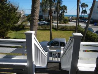 Swell Cottage has a great 2nd Row Ocean View - Folly Beach vacation rentals