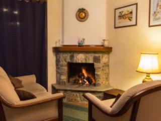 B&B LA voce del fiume - Camera Quadrupla con divano letto - Brienza vacation rentals