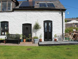 Wonderful B&B with Balcony and Television - Llanfechain vacation rentals