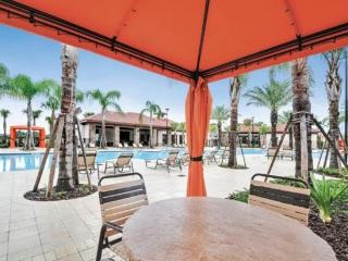 Resort Vacation Home - South Facing Pool - Four Corners vacation rentals
