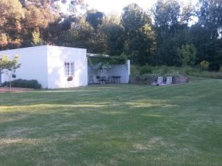 Sleepy Willow Country Accommodation 5 sleeper cott - Stellenbosch vacation rentals