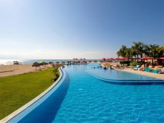 SPRING SPECIALS IN GRAND VENETIAN PVR - Puerto Vallarta vacation rentals