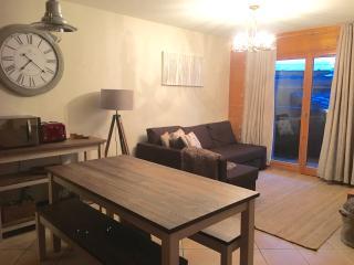 Apartment Cameron, Sainte Foy Station - Sainte-Foy-Tarentaise vacation rentals