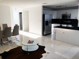 Modern Townhouse with Water Views - Miami Beach vacation rentals