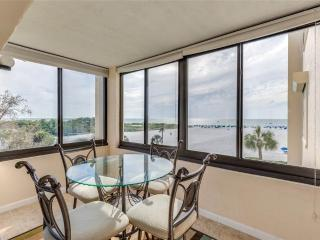 Sandarac A409, 2 Bedrooms, Gulf Front, Elevator, Heated Pool, Sleeps 4 - Fort Myers Beach vacation rentals