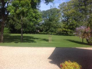 Cotswolds,  Hannington Wick, Kempsford, Fairford, Wiltshire. - Swindon vacation rentals