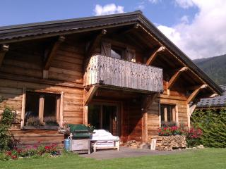 Alpine Chalet - independent, modern, log fire - Les Carroz-d'Araches vacation rentals