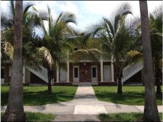 Cozy Beach Aparment in Key Biscayne, FL - Key Biscayne vacation rentals