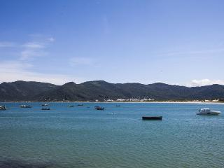 FL034 Bright 2BR Villa with Ocean View! - Florianopolis vacation rentals