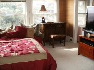 Romantic Private room with Internet Access and Television - San Francisco vacation rentals