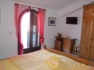 Nice Condo with Internet Access and Television - Vrsar vacation rentals