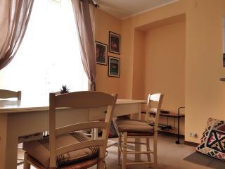 "Loft ""Anduma Bin"" in Torino Centro - Turin vacation rentals"